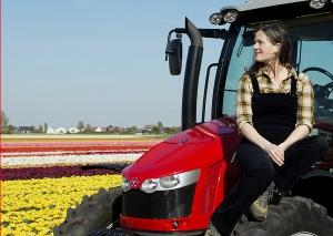 tractor girl bollenveld